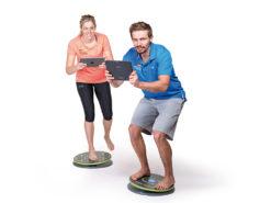 Balance-Board Koordinationstraining per App mit der MFT Challenge Disc 2.0